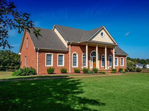 Country Home Acreage Middle : Primm Springs : Williamson County : Tennessee