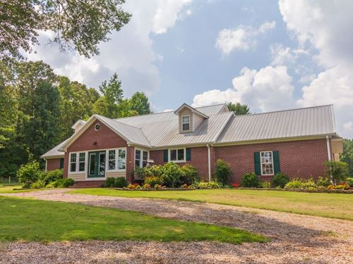 Country Home & Peach, Apple Orchard : Selmer : McNairy County : Tennessee
