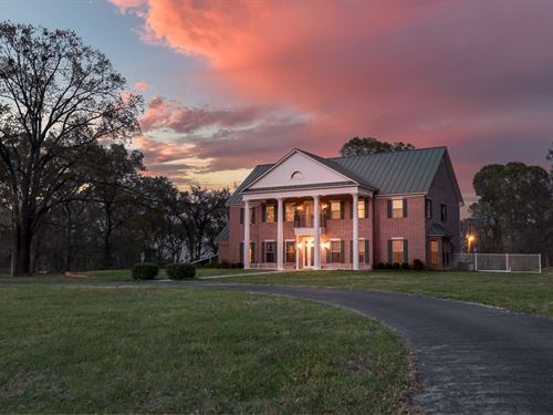 Luxury Ranch East Texas Recreation : Whitehouse : Smith County : Texas