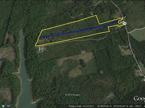 26 Acres Lakefront Buggs Island : Boydton : Mecklenburg County : Virginia