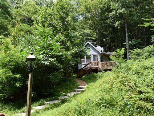 Floyd VA Cabin by The Creek : Ferrum : Franklin County : Virginia