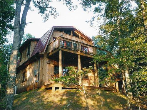 Custom Built Chalet 46 Acres : Gretna : Pittsylvania County : Virginia
