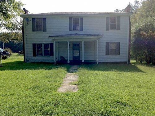 Farm Open Land, Timber Farmhouse : McKenney : Dinwiddie County : Virginia