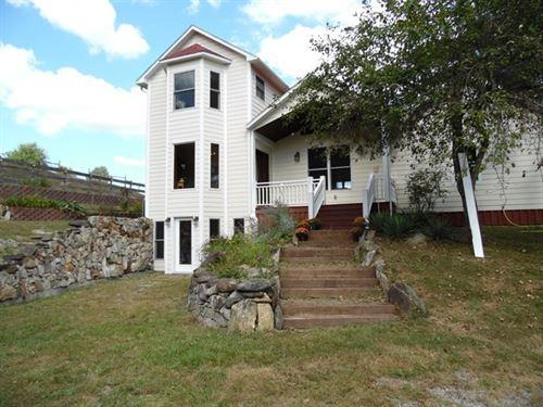 Contemporary Home Blue Ridge : Independence : Grayson County : Virginia