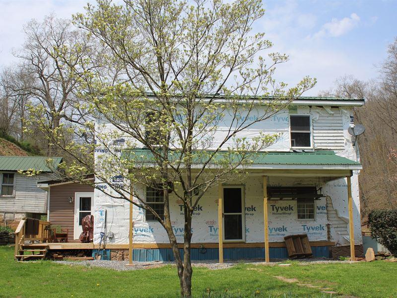 Two Separate Living Quarters Unique : Center Point : Doddridge County : West Virginia