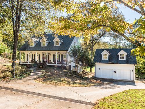North Georgia Custom Home, Pastures : Jasper : Pickens County : Georgia