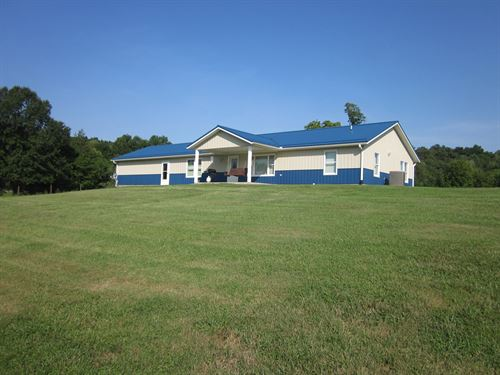 Country Home, Barns, Fenced : Springville : Greene County : Indiana
