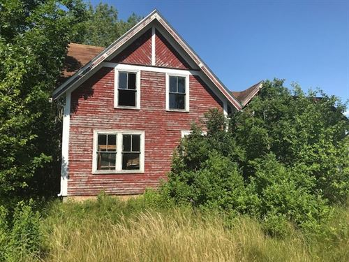 Historic Home, Lubec, Maine : Lubec : Washington County : Maine