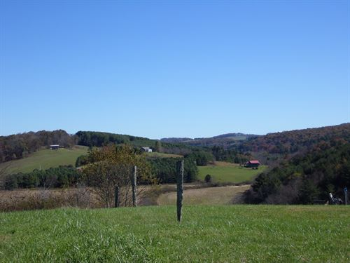 Blue Ridge Mountain Views From This : Ennice : Alleghany County : North Carolina