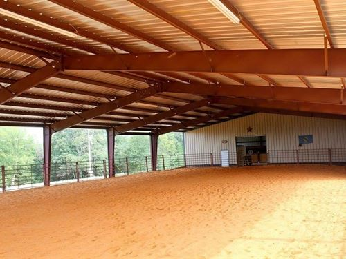 41 Acre Horse Ranch Stables Broken : Broken Bow : McCurtain County : Oklahoma