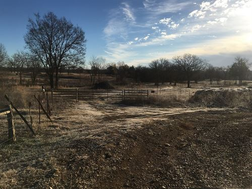 For Sale 209 Acres With Live Creek : Sallisaw : Sequoyah County : Oklahoma