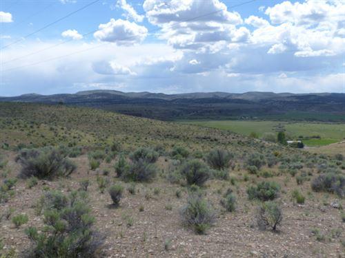 Buildable Acreage Overlooking : Burns : Harney County : Oregon
