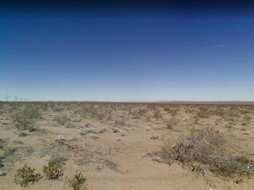 San Bernardino County, Ca $640,000 : Adelanto : San Bernardino County : California