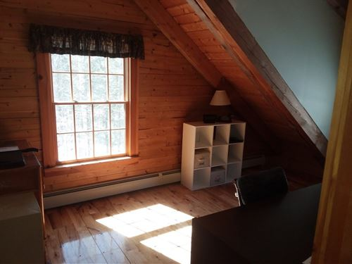 Day House on 5.25 Acres : Pittsfield : Somerset County : Maine