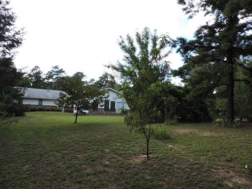 Beautiful Country Home Secluded : Waldron : Scott County : Arkansas