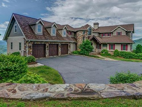 Exquisite Custom 4Br 4.5Ba 4,825 : Black Mountain : Buncombe County : North Carolina