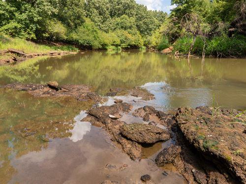Land Neches River, Highground, Oak : Ratcliff : Houston County : Texas