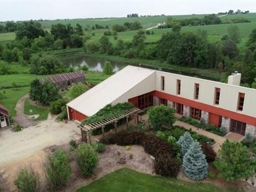 Incredible Country Estate, Retreat : Darlington : Lafayette County : Wisconsin