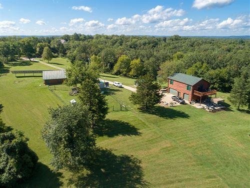 One Of A Kind Mini Farm : Desoto : Jefferson County : Missouri