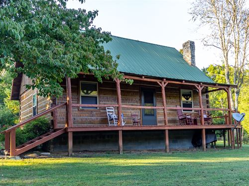 East Tennessee Log Home & Acreage : Sneedville : Hancock County : Tennessee
