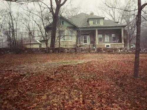 Century Old Historic House on 24 : Williford : Sharp County : Arkansas