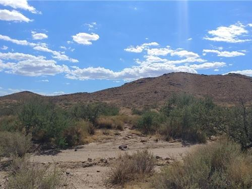 Great Location to Build Home, Space : Kingman : Mohave County : Arizona