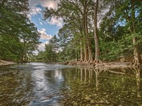 Live Water Guadalupe River Ranch : Comfort : Kendall County : Texas