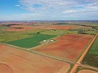 160 Acres Cultivation, Pond & Shop : Hennessey : Oklahoma County : Oklahoma