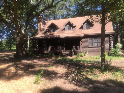 Country Living : Highland Home : Crenshaw County : Alabama