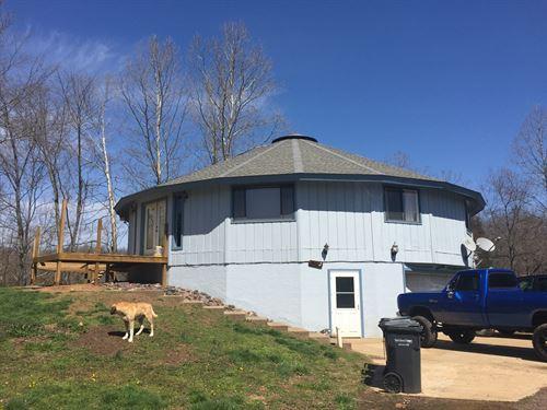 4 Bedroom, 3 Bath Home 17.97 Acres : Ironton : Iron County : Missouri