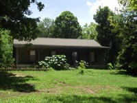 Tennessee Home / Cabin Creek : Clifton : Wayne County : Tennessee