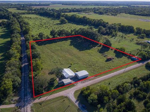 Perfect Trio, 5 Acres, 3B/2B Home : Liberty : Montgomery County : Kansas