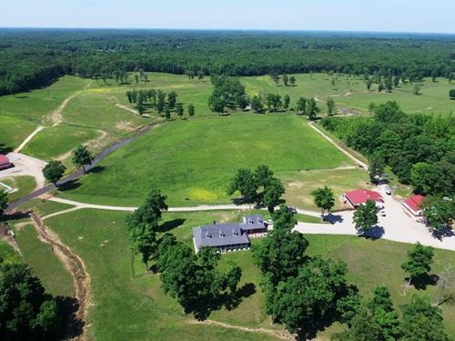 Beautiful Estate And Ranch : Poplar Bluff : Butler County : Missouri