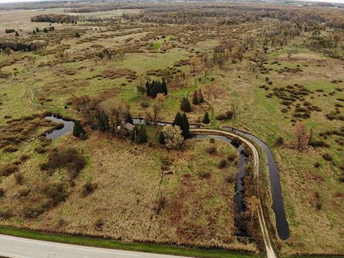 240 Acres of Hunting Land in Outag : Hortonville : Outagamie County : Wisconsin