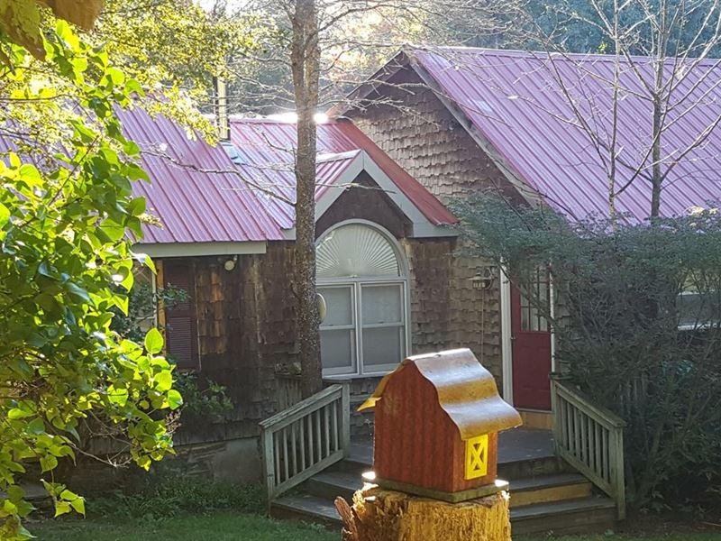 Home Close To State Land : Smyrna : Chenango County : New York