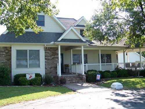 Country Home Acreage Erie Kansas : Erie : Neosho County : Kansas