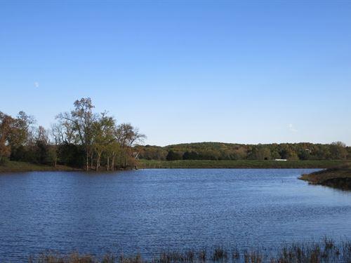288 Acre Farm Just Outside Bethany : Bethany : Harrison County : Missouri