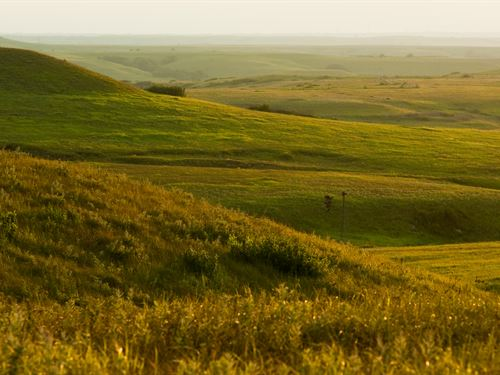 Breathtaking Flint Hills Ranch : Eskridge : Wabaunsee County : Kansas