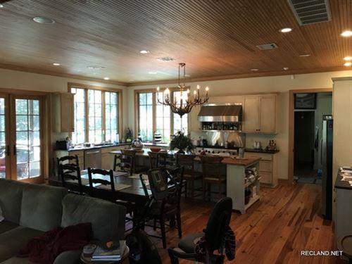28 Ac, Custom Home & Horse Far : Swartz : Ouachita Parish : Louisiana