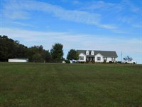 Farm TN Pasture, Pond, Barn : Middleton : Hardeman County : Tennessee