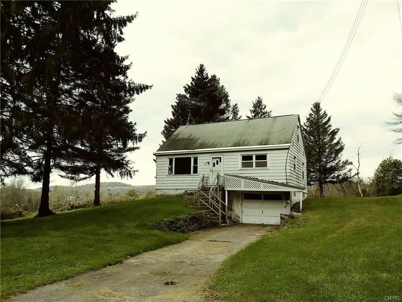 3 Bed 1 Bath Home 31+ Acres Along : Pittsfield : Otsego County : New York