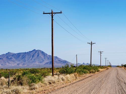 Ranch W Road Frontage & Electricity : Deming : Luna County : New Mexico