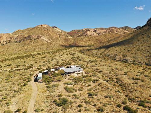 Christmas Mountain Adobe Home : Terlingua : Brewster County : Texas