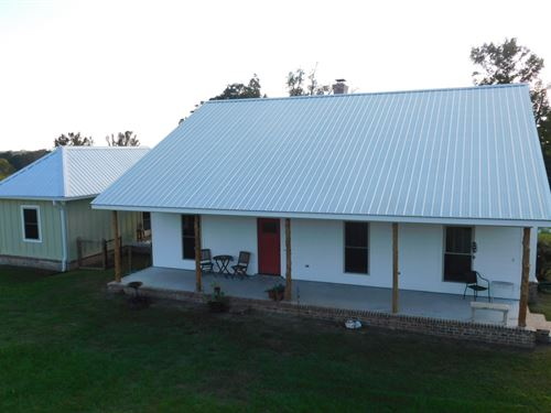 Modern Dogtrot On 5 Acres : Sumrall : Lamar County : Mississippi