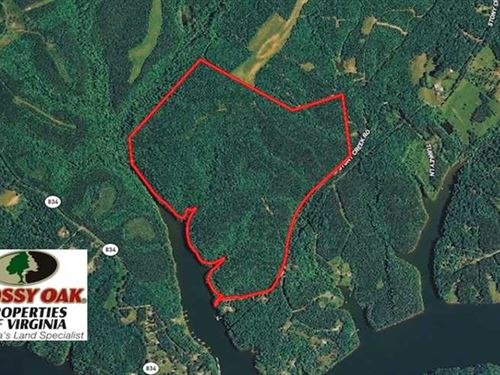238 Acres of Lakefront Residential : Leesville : Bedford County : Virginia