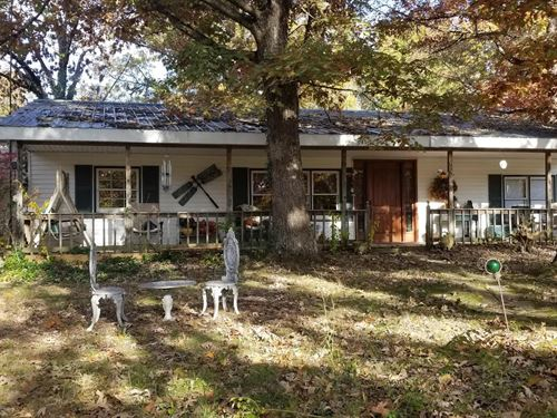Country Home With 36 Acres : Success : Texas County : Missouri
