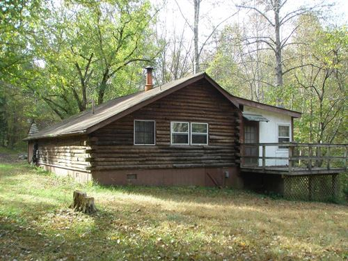 Rustic Retreat : Farmville : Cumberland County : Virginia