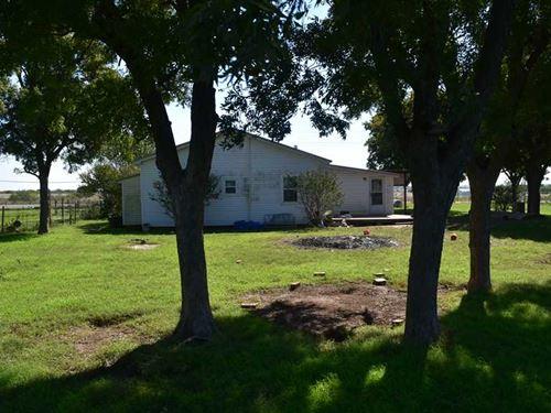 9607 Hwy 79, 40 Acres, w Home Cla : Wichita Falls : Clay County : Texas