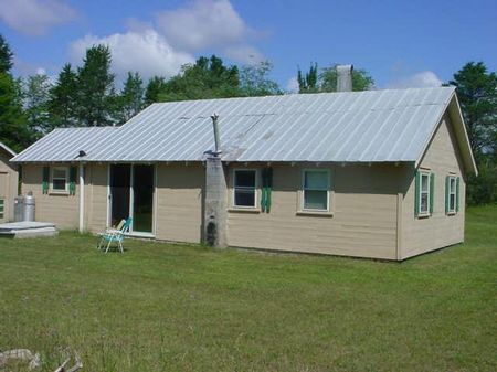 Nice Cabin On 10 Acres : Altanata : Montmorency County : Michigan