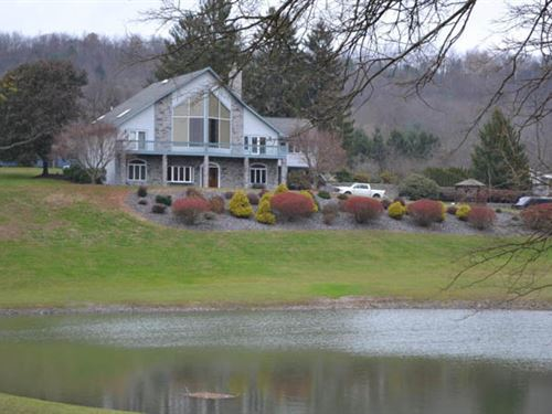 6 Quaint Acres, Contemporary Style : Berwick : Columbia County : Pennsylvania